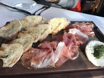 their Prosciutto e Burrata was SO GOOD