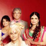 Kunal Khemu with his parents and Saba Ali Khan