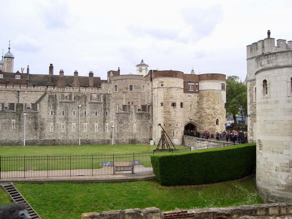 tower of london travel guide