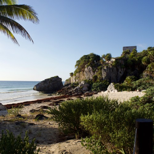 tulum archaeological zone ruins