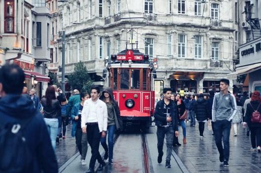 イスタンブル市街のトロッコ