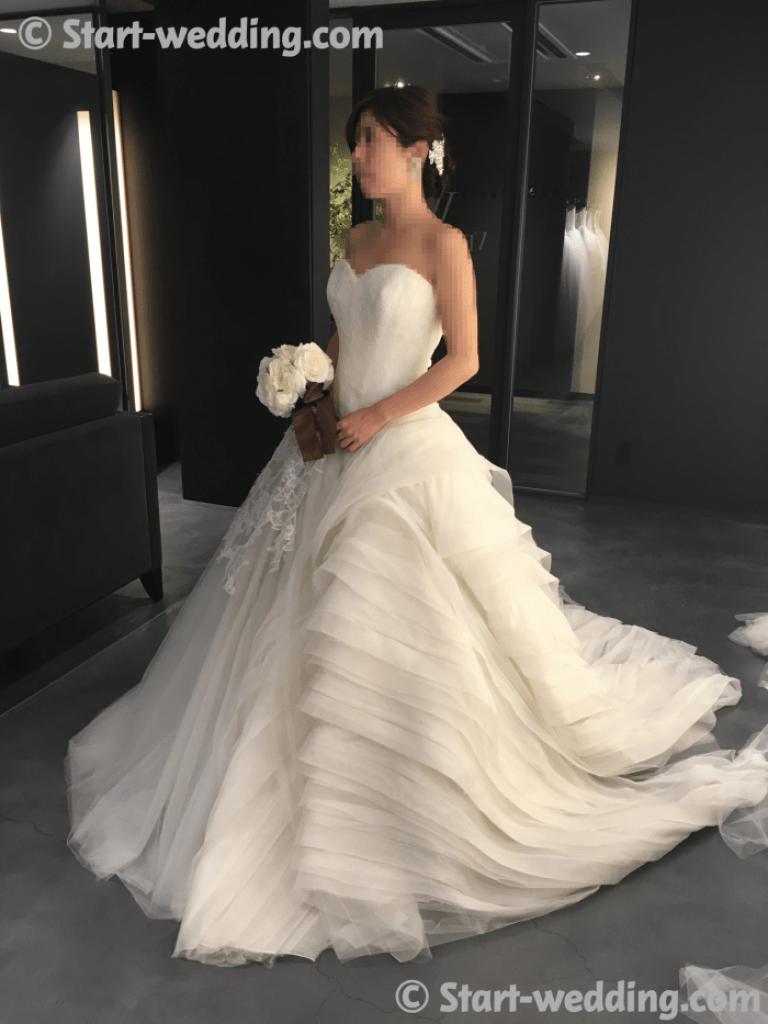 ヴェラウォンのドレス ララ