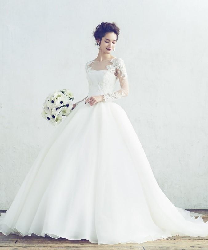 Hatsuko endo(ハツコエンドウ)のウェディングドレス紹介