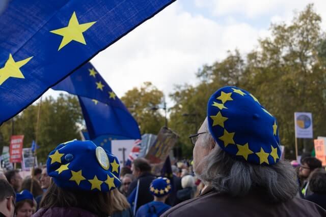 Brexit-expert: 'Ruim 1 miljoen buitenlanders hebben het Verenigd Koninkrijk verlaten en dat gaat de economie merken'