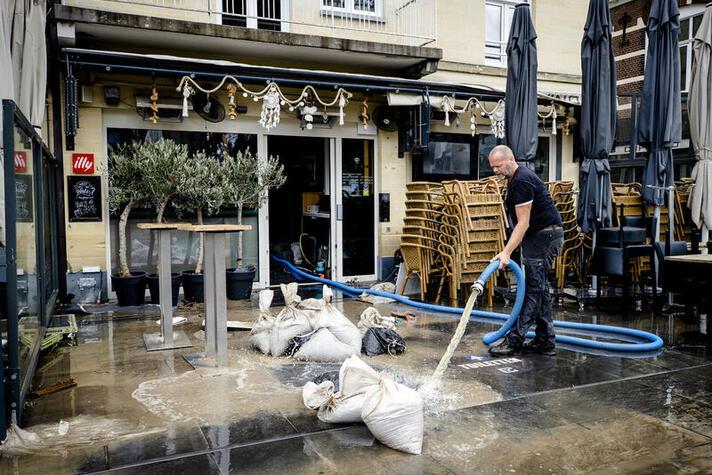 'Urgentie en ruimhartigheid nodig bij vergoeding schade watersnood'