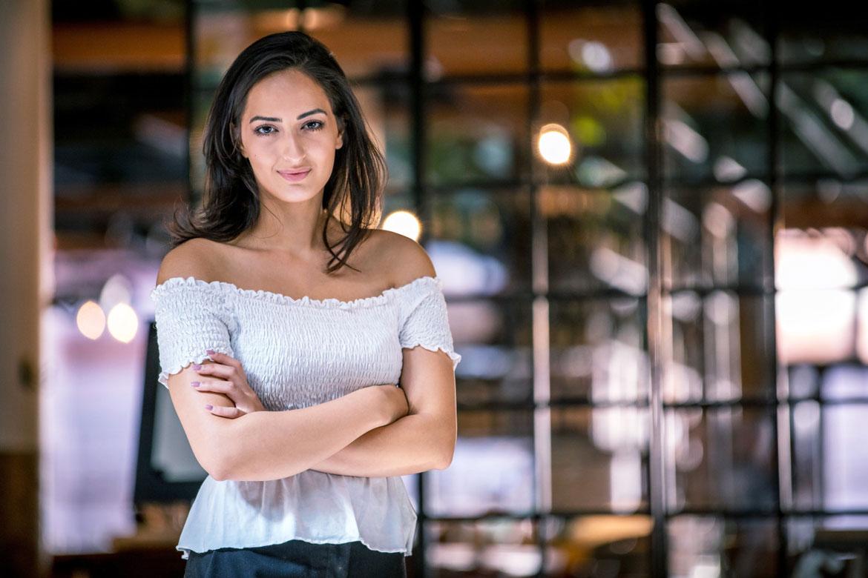 Utanförskap ledde till entreprenörskap - Negin skapar sin egen framtid