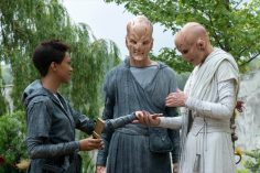 """The Sound of Thunder"" -- Episode #206 -- Pictured (l-r): Sonequa Martin-Green as Burnham; Doug Jones as Saru; Hannah Spear as Siranna of the CBS All Access series STAR TREK: DISCOVERY. Photo Cr: Michael Gibson/CBS ©2018 CBS Interactive, Inc. All Rights Reserved."