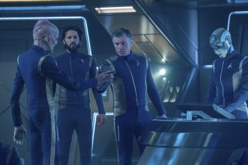"""If Memory Serves"" -- Ep#208 -- Pictured (l-r): Doug Jones as Saru; Shazad Latif as Tyler; Anson Mount as Captain Pike; Hannah Cheesman as Airiam 2.5 of the CBS All Access series STAR TREK: DISCOVERY. Photo Cr: Michael Gibson/CBS ©2018 CBS Interactive, Inc. All Rights Reserved."