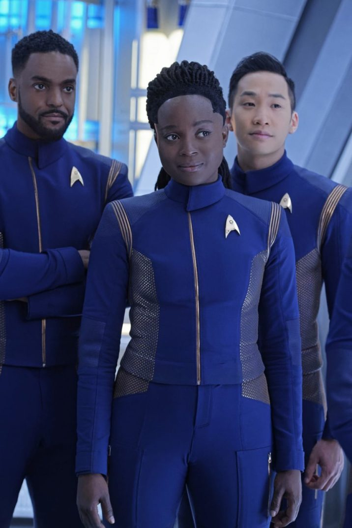 """""""Such Sweet Sorrow"""" -- Ep#213 -- Pictured (l-r): Ronnie Rowe as Bryce; Oyin Oladejo as Owosekun; Patrick Kwok-Choon as Rhys; of the CBS All Access series STAR TREK: DISCOVERY. Photo Cr: Ben Mark Holzberg/CBS ©2018 CBS Interactive, Inc. All Rights Reserved."""