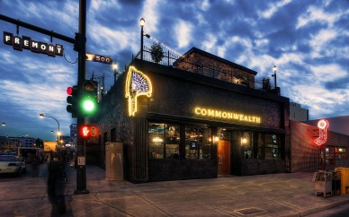 credit: http://702events.com/blog/commonwealth-celebrates-grand-opening-in-downtown-las-vegas/