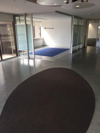 100c-l6-common-area-meeting-room-img_4674