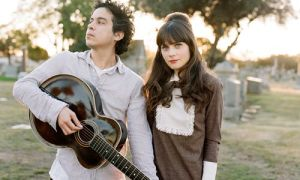 Matt Ward and Zooey Deschanel with a ukulele