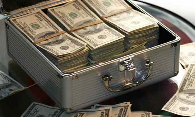 Ways To Store Your USD Cash Safely
