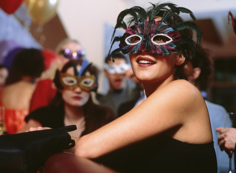 Organize Social Events Minus The Stress With emble!