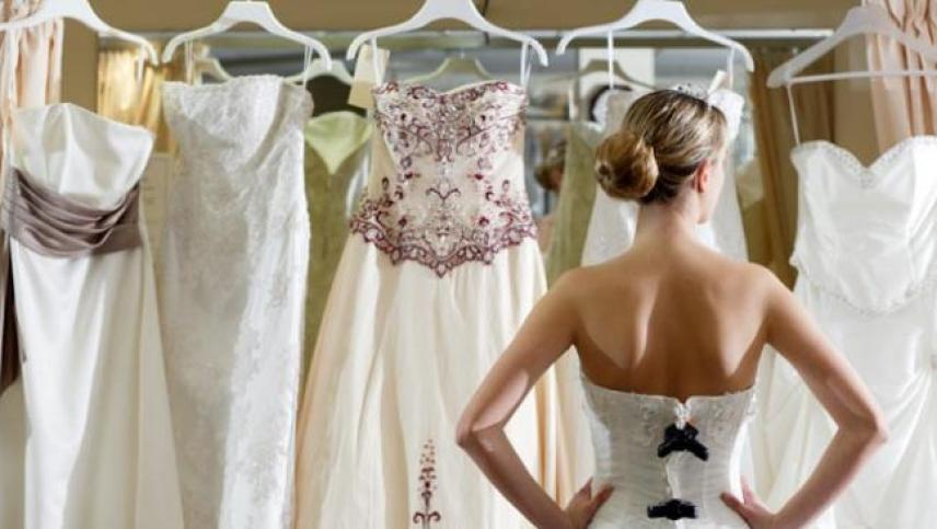 WHAT-YOU-HAVE-TO-KNOW-BEFORE-WEDDING-DRESS-SHOPPING-3