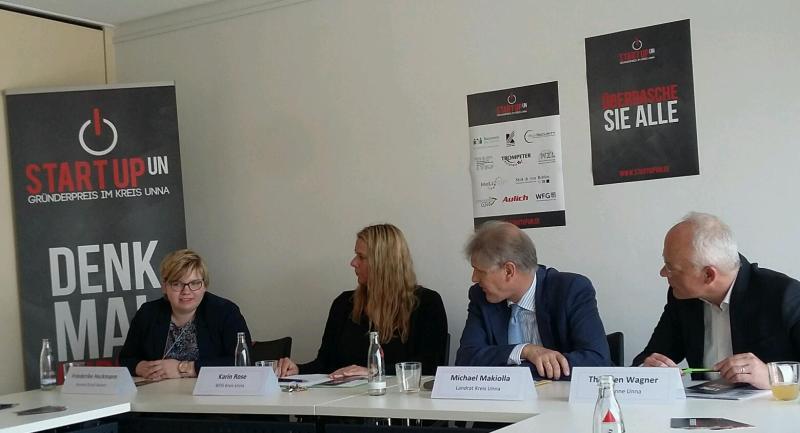 Frederike Heckmann, Karin Rose, Michael Makiolla und Thorsten Wagner bei der Pressekonferenz