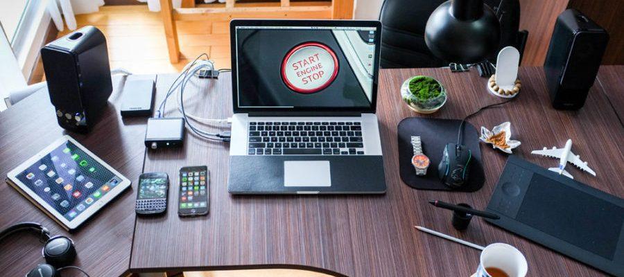 Büro Kosten Hardware (Bild: Pexels)