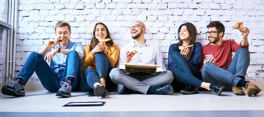 Studium Startup gründen (Bild: Shutterstock)
