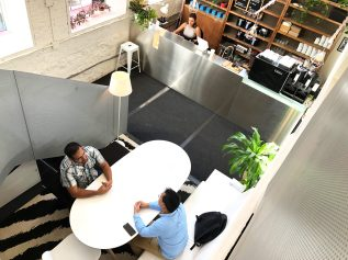 A quick meeting in our Atrium Cafe
