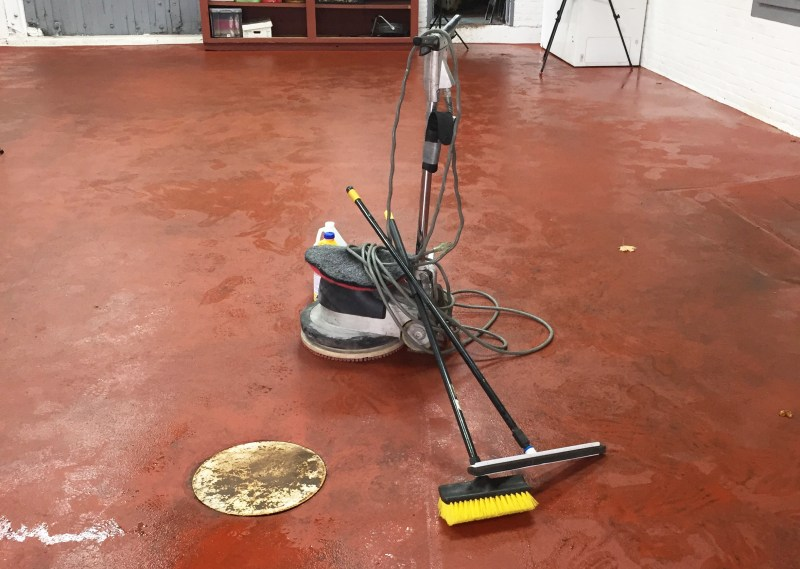 Tools for cleaning resinous floors