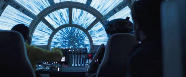 Ze gingen zo vloeiend door de bediening heen dat de kans groot is dat de Falcon al lange tijd in het bezit van Lando is en dat deze droid ook zijn eigendom is.