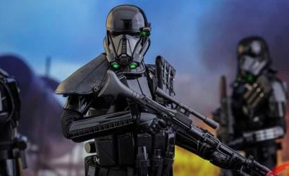 Zwei weitere Hot Toys Death Trooper 1/6 Figuren veröffentlicht
