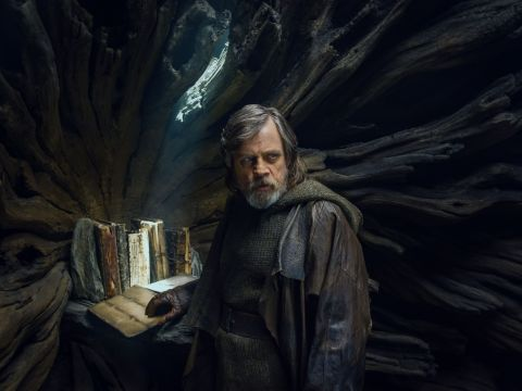 Mark Hamill acepta un Luke Skywalker digital en futuras Star Wars