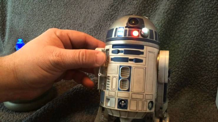 Star Wars R2-D2 Sixth Scale Figure by Sideshow Collectibles Review 1