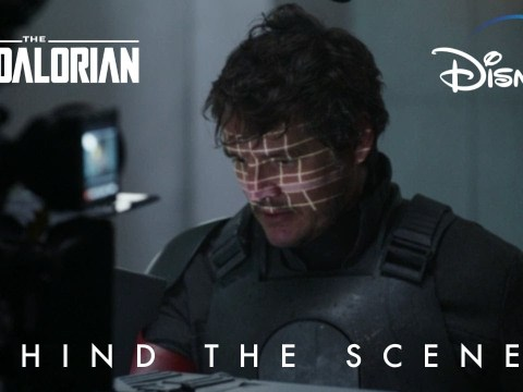 Pedro Pascal Takes Off His Helmet Behind the Scenes
