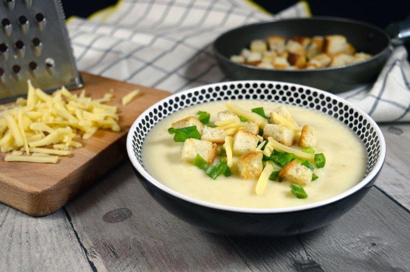 zupa krem z selera korzeniowego