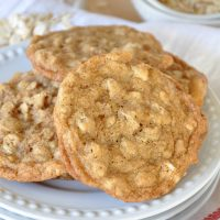 Old Fashioned Oatmeal Cookies With Vanilla And Cinnamon