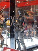 Play Arts Kai Lara Croft