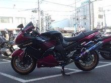 ZZR1400カスタムペイント   ☆八尾カワサキ東大阪ブログ☆