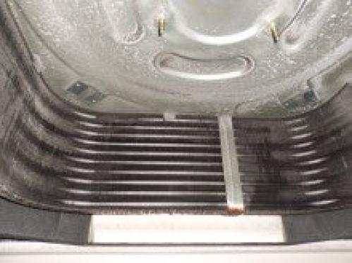 分解完了後、洗浄前の熱交換器