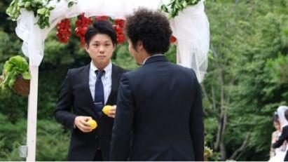 両手にレモン、平日の結婚式、東京、恵比寿、Q.E.Dclub