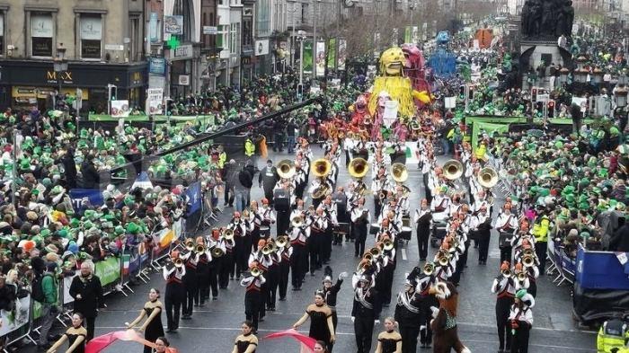 「St.Patrick's Day カナダ・モントリオール パレード」の画像検索結果