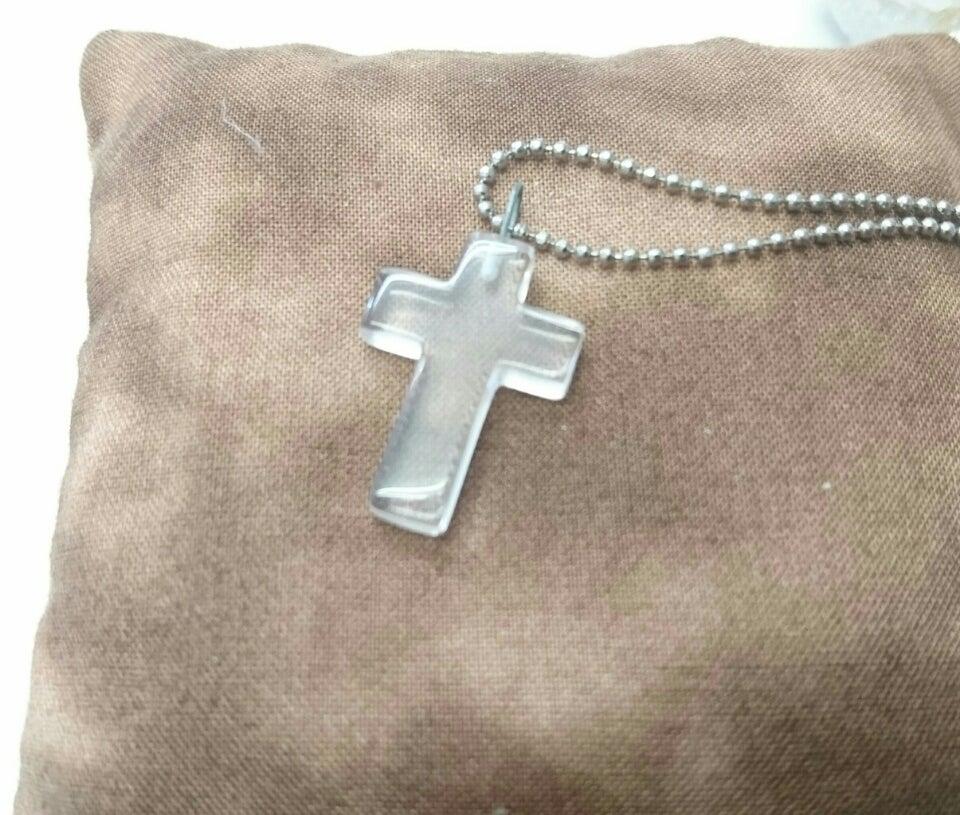 水晶 【十字架(クロス)】 | 新莊市にある天然石アクセサリー屋 『翠聖(すいしょう)』