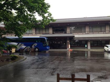 札幌の貸切バス 結婚式 北海道神宮