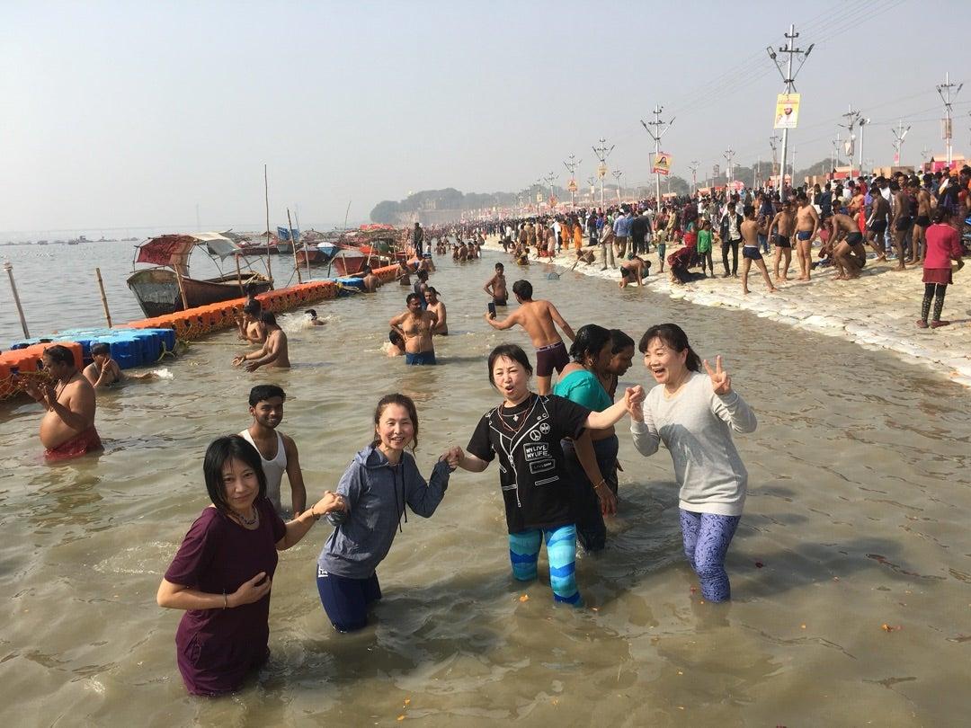 ガンジス川で沐浴しました! | 山野 雅子のブログ