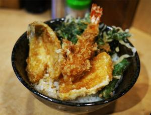 池袋で愛される天丼の老舗『天丼ふじ』が天丼界で絶賛される理由
