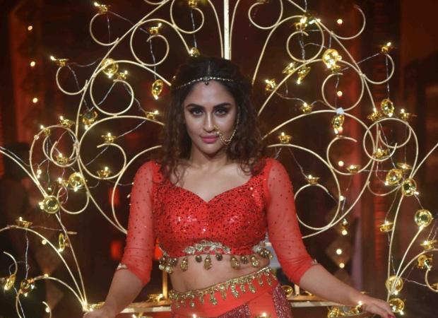 Krystle D'souza overcomes her biggest fear at Abhi-Pragya's Diwali celebrations on Kumkum Bhagya