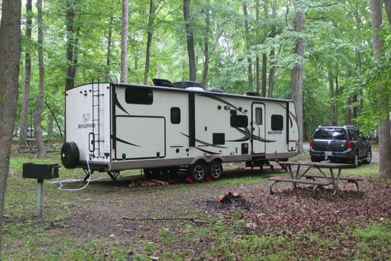 Why Should You Consider the RV Lifestyle?
