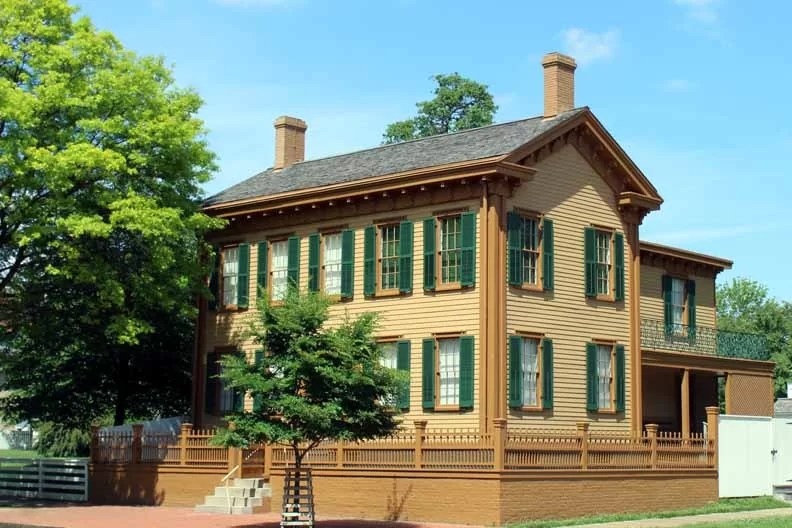 Lincolns home in the Land of Lincoln.