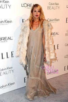 rachel-zoe-bump-watch-wears-loose-fitting-calvin-klein-dress-to-elle-women-in-hollywood-2010-event__oPt