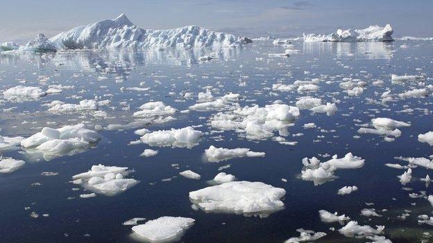 _62404275_icebergsarcticbbc