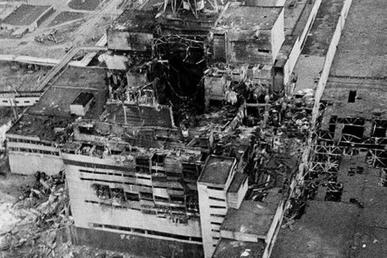 Resultado de imagem para chernobyl disaster