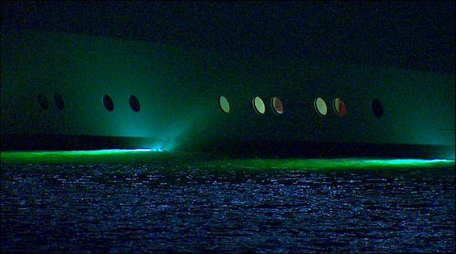 Photos Billionaires Superyacht Docks In Seattle KOMO