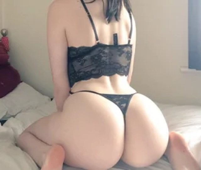 Amateur Photo Big Ass In Black Lingerie