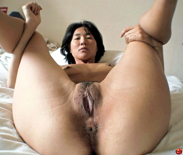 Asian Spread Porn Photo
