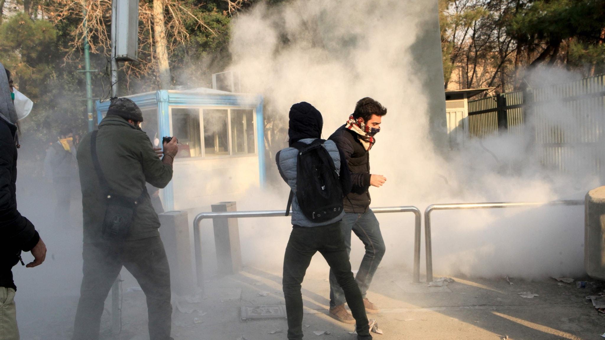 Protester i Iran (arkivbild). Foto: TT.